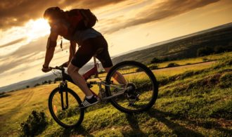 5 Road Safety Cycling Tips Every Cyclist Must Know