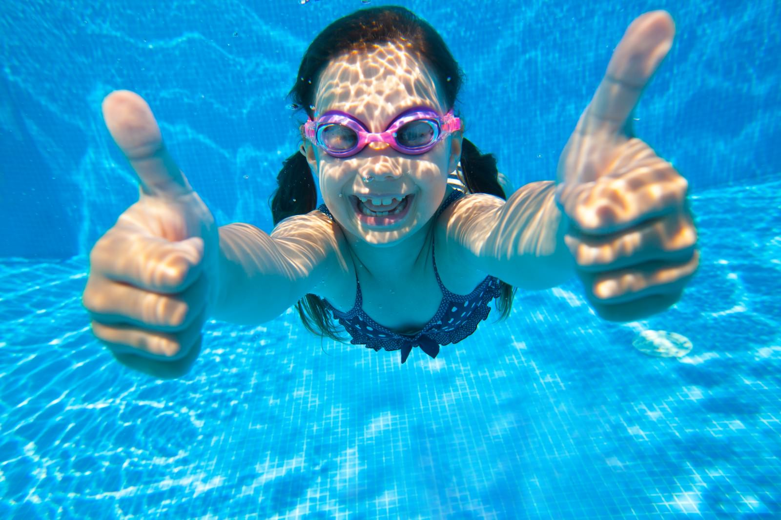 Handy Tips For Maintenance of a Swimming Pool