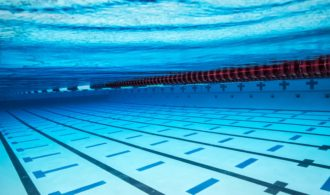 Why Should You Learn Water Skills From Qualified Swimming Instructors